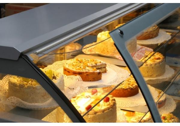 Cool LCC CARINA 02 -  süteményes pult ventilációs hűtés